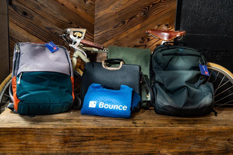 Use Luggage Storage Service
